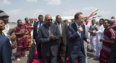 UN Secretary-General Ban Ki-moon in front of an airplane of Ethiopian Airlines